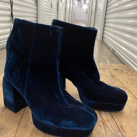 Zara platform velvet boot
